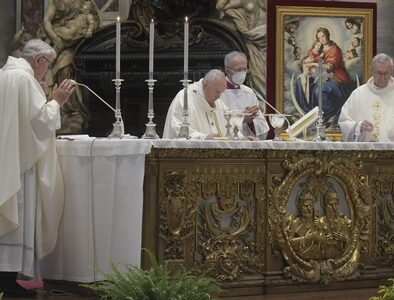 Pope at Mass for CCEE jubilee: Love alone satisfies the human heart