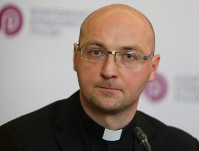 Church in Poland and protection of minors: from unprepared to informed