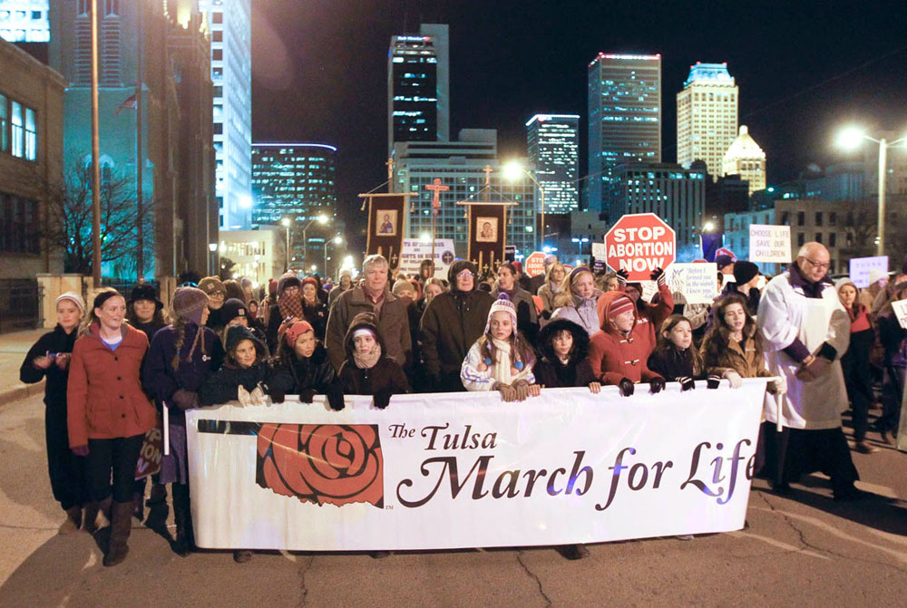 http://www.dioceseoftulsa.org/pictures/3-March-for-Life-2014_s.jpg