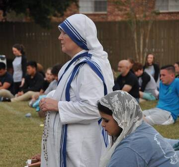 Serve with the Missionaries of Charity