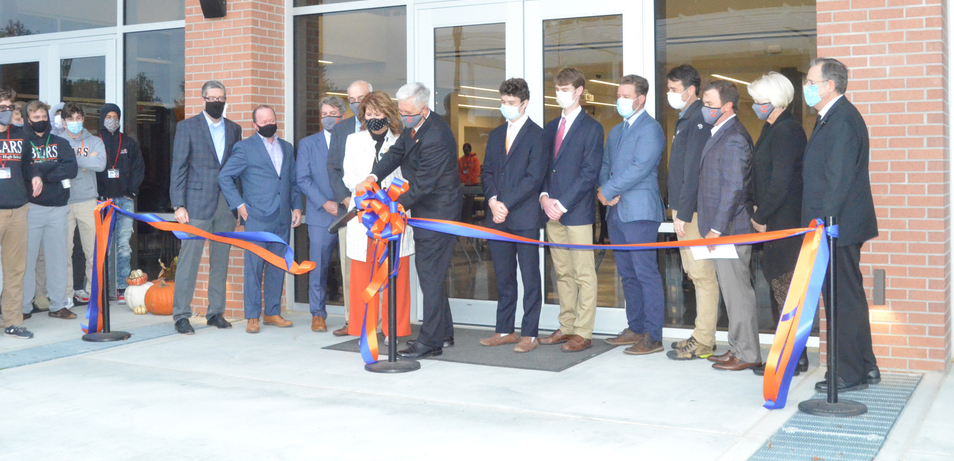 CHS dedicates student center, celebrates award