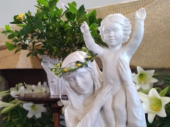 May Crowning & Devotion to Our Blessed Mother Mary