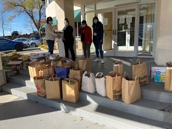 Thanksgiving Meal Distribution