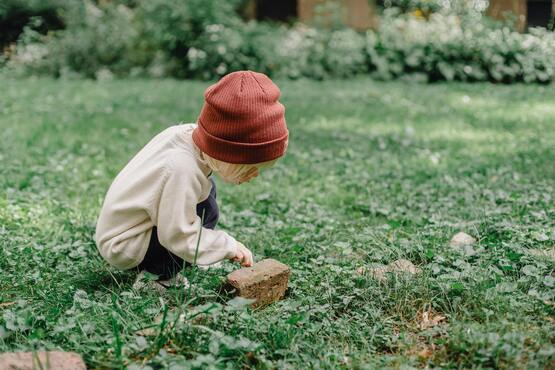 The child who concentrates is immenesly happy.