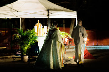 Mobile Eucharistic Blessing