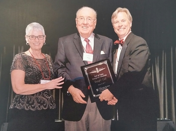 Dwight Call Receives Washington State University Honors