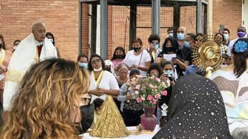 Holy Ghost in Houston Celebrates the Body and Blood of Christ