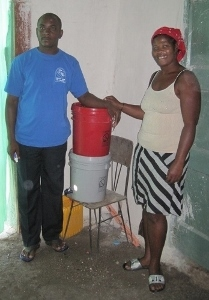 Micael (Water Technician) and Berta, in Berta's home in Bouzy