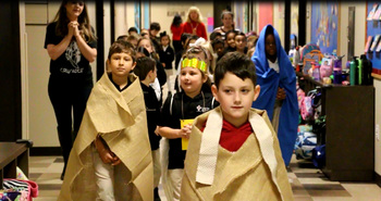 First Grade Re-enacts the Journey of Las Posadas