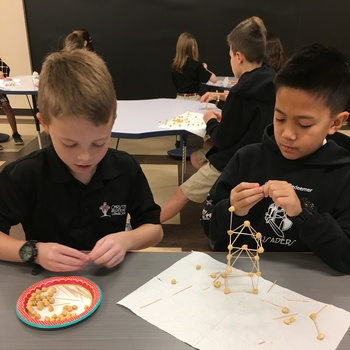 Curiosity sparks S.T.R.E.A.M. Project in 4th Grade