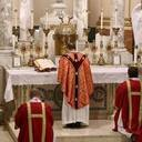 Notre Dame Seminary Celebrates Ordinariate Mass of the Five Wounds