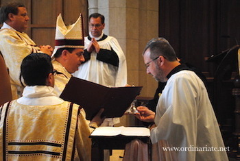 Photos: Acolytes in the Ordinariate