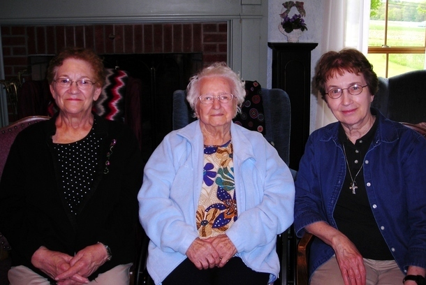 Sr. Joyce & Pat Bruckner visit Clara Koerlin at Brooks House