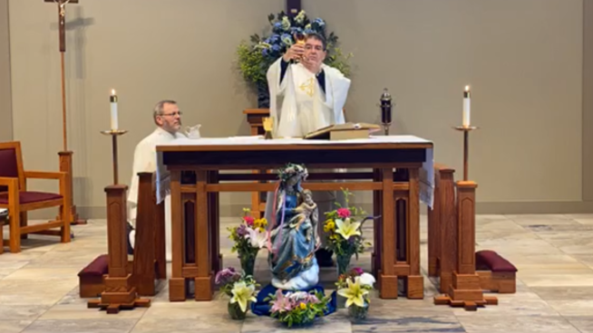 Sacrifice of the Holy Mass at St. Lawrence Martyr Catholic Church in Hanover, Maryland