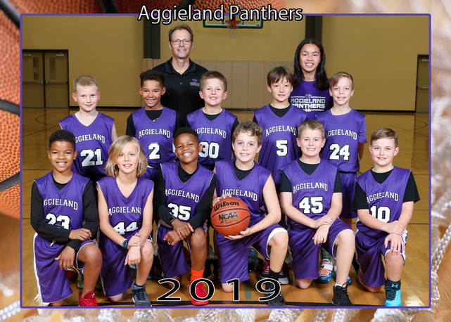 Photo courtesy of Memoir Photography 10U boys