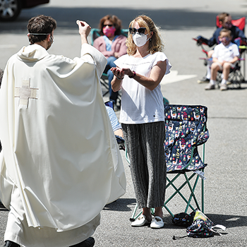 Outdoor Mass in Long Valley