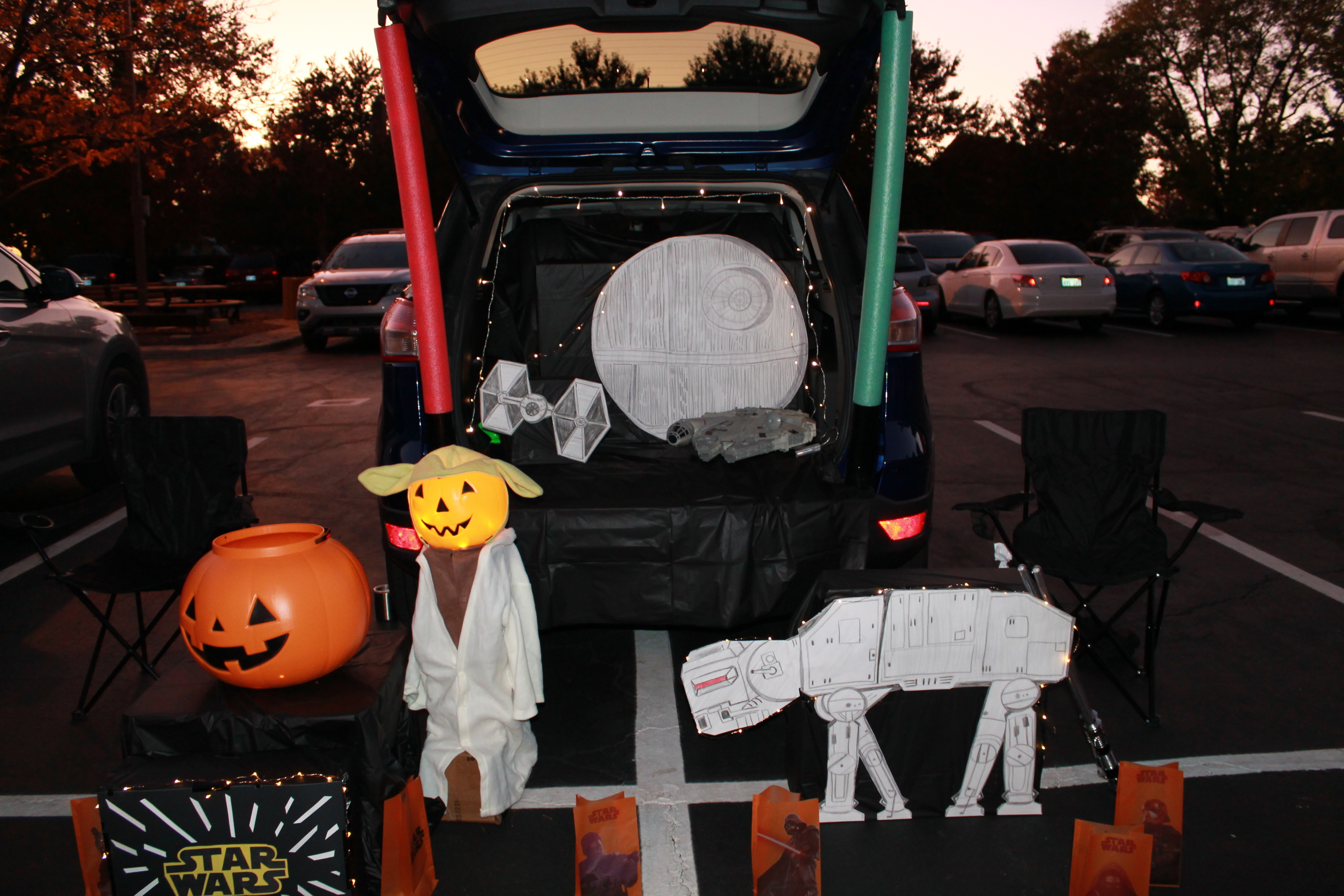 Trunk or Treat at Saints & Sweets Sign-Up
