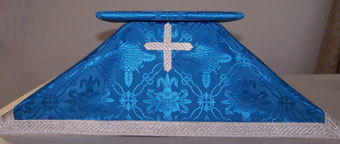 Blue Brocade Chalice Veil and Bellows Style Burse
