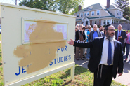 Faith leaders show solidarity after synagogue is defaced