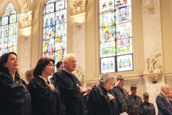 Legal professionals pray for guidance of Holy Spirit at annual Red Mass
