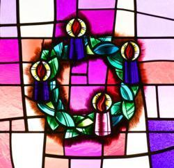 Catholic liturgies avoid Christmas decorations, carols in Advent