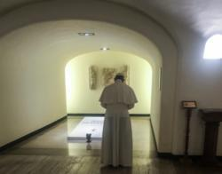 Vacation time should be prayer time, pope says