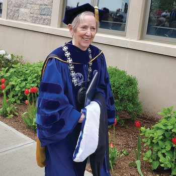 Sister Jane Gerety gives in final commencement address as president