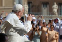 Pope: Proclaim God's love through care for needy