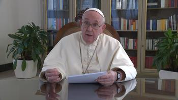 Pope: Time is running out to fix economy, protect the Earth, help the poor