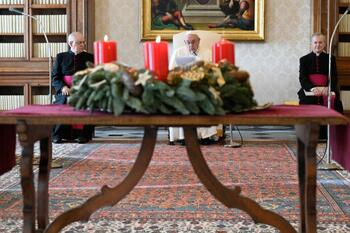 When in need, don't be ashamed to pray, pope says at audience
