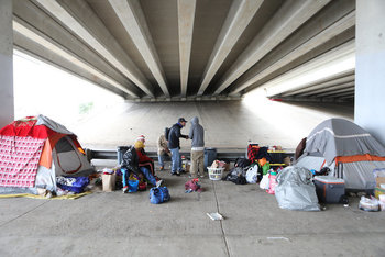 As people are ordered to stay home, pope calls for help for homeless