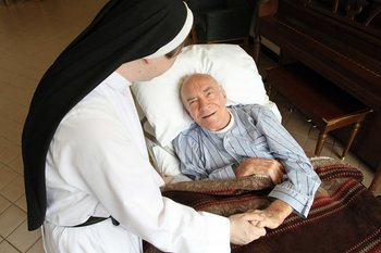 Vatican reaffirms, clarifies church teachings on end-of-life care