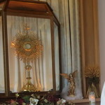Some adoration chapels open