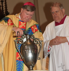 Bishop praises priests for their fidelity