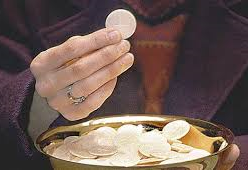 TRAINING FOR NEW EUCHARISTIC MINISTERS
